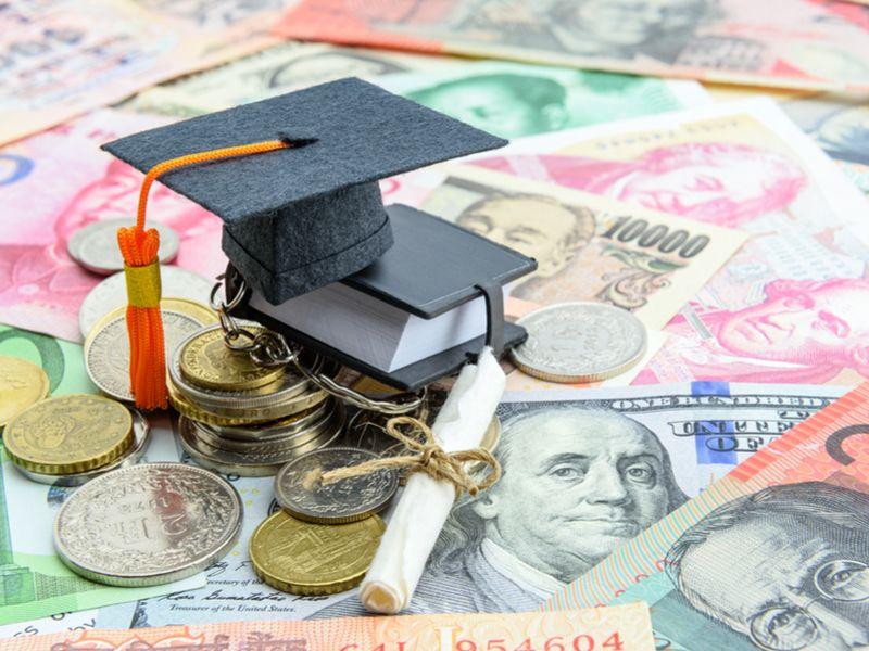 留学と給料の相関関係